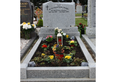 Granite Headstone M5 Shape